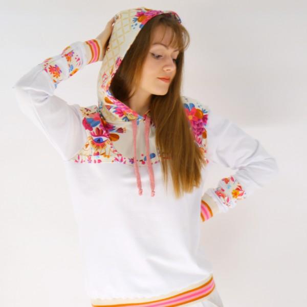 Sweatshirt aus Bio Baumwolle mit Kapuze