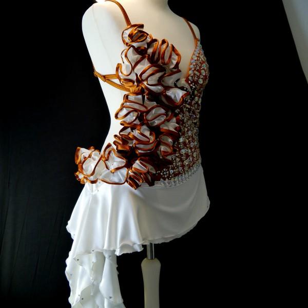 Kleid Lore