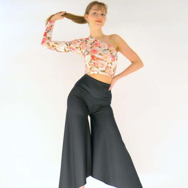Outfit für Damen/ Zweiteiler Hose und Oberteil